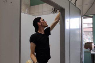 монтаж морозильной камеры